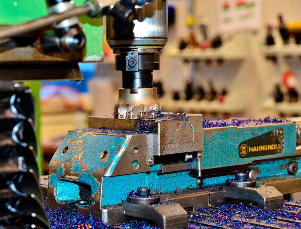 fabricación e inyección de moldes